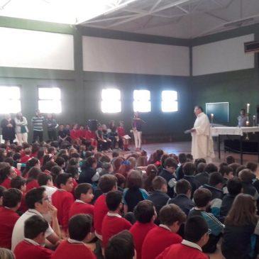 Misa en el colegio Monseñor Miguel Castillejo-Fundacion Vera Cruz 2017
