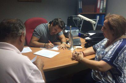 Firma contrato con la BCT Ntra. Sra. del Rosario de Linares