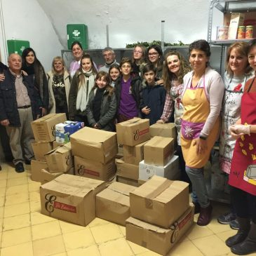 350 kilos de alimentos para Caridad